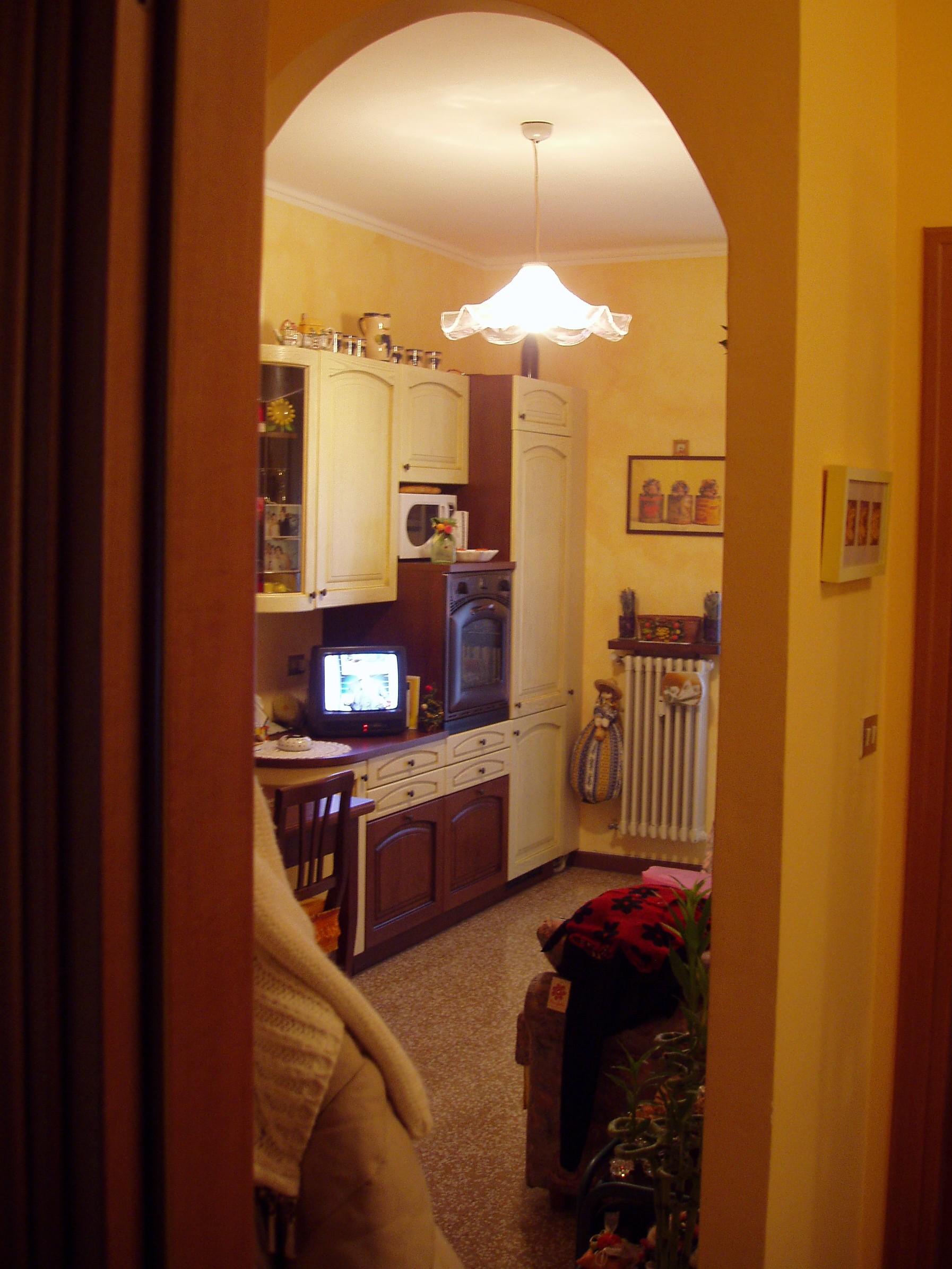 Arco divisorio tra cucina e soggiorno edit a pagina - Divisorio cucina soggiorno ...